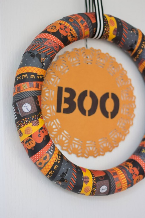 masking tape Halloween wreath (via designimprovised)