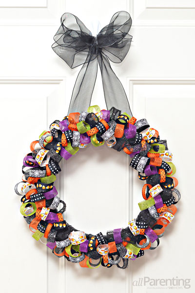 ribbon wreath for Halloween (via allparenting)