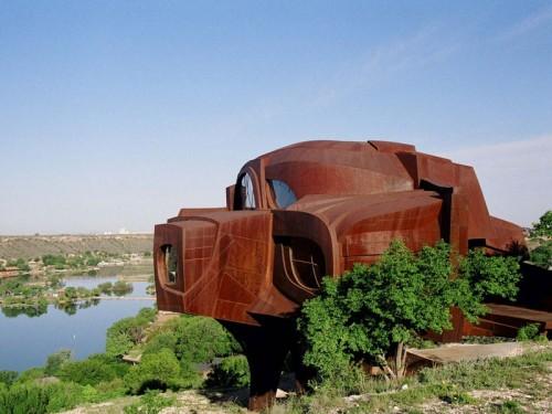 Sculptural House Design