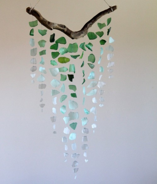 Sea Vibe 13 Diy Driftwood Mobiles And Garlands Shelterness