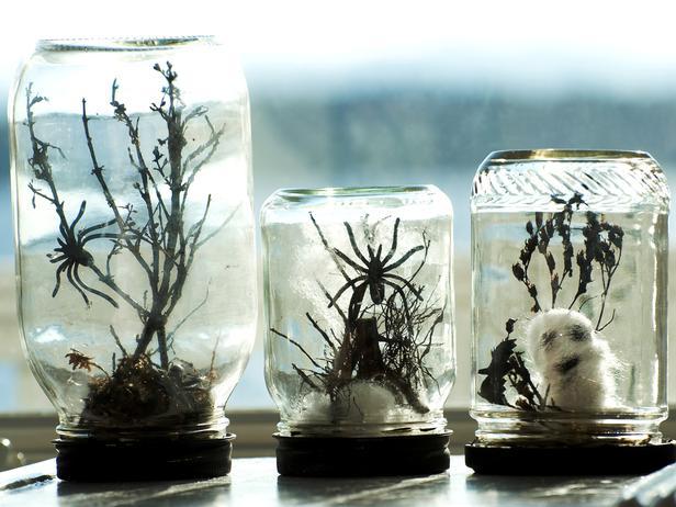 easy jar Halloween terrarium