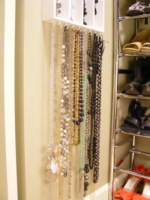 Simple And Effective Diy Jewelry Oranizer