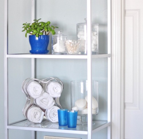 bathroom etagere hack (via centsationalgirl)