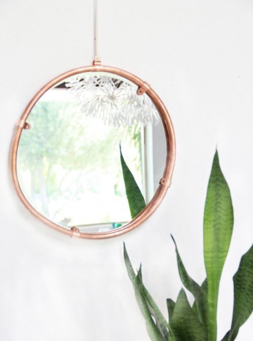 Simple And Stylish DIY Copper Edged MirrorShelterness