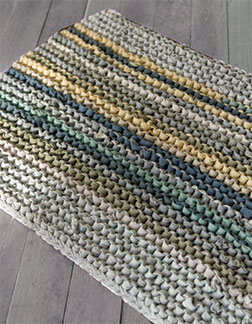 knit T shirt into a rug