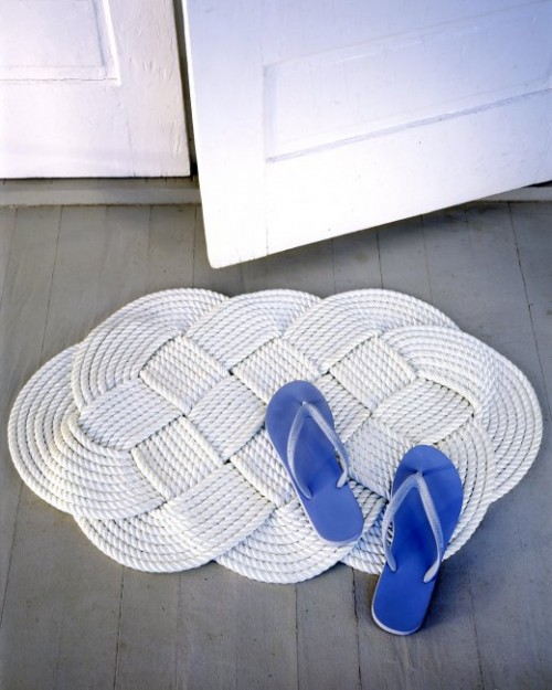 braided mat (via marthastewart)