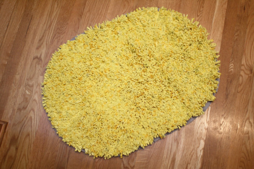 T-shirt rug (via shelterness)