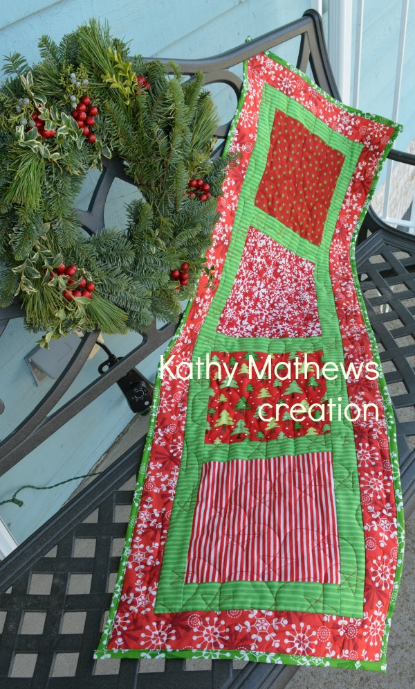 red and green table runner