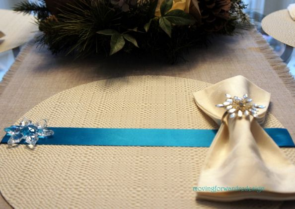 Picture of ribbon and snowflakes placemats for Easy diy table runner