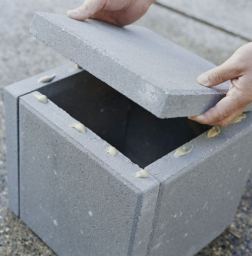Simple Diy Concrete Outdoor Planters Of Pavers