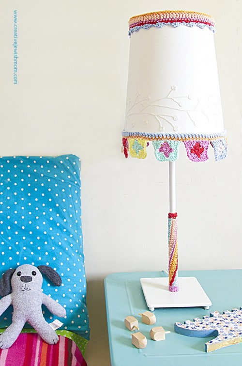 Simple DIY Crocheted Trim For Lampshade Makeover