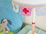 simple-diy-crocheted-trim-for-lampshade-makeover-2