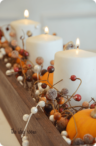 pumpkin and candle centerpiece (via theidearoom)