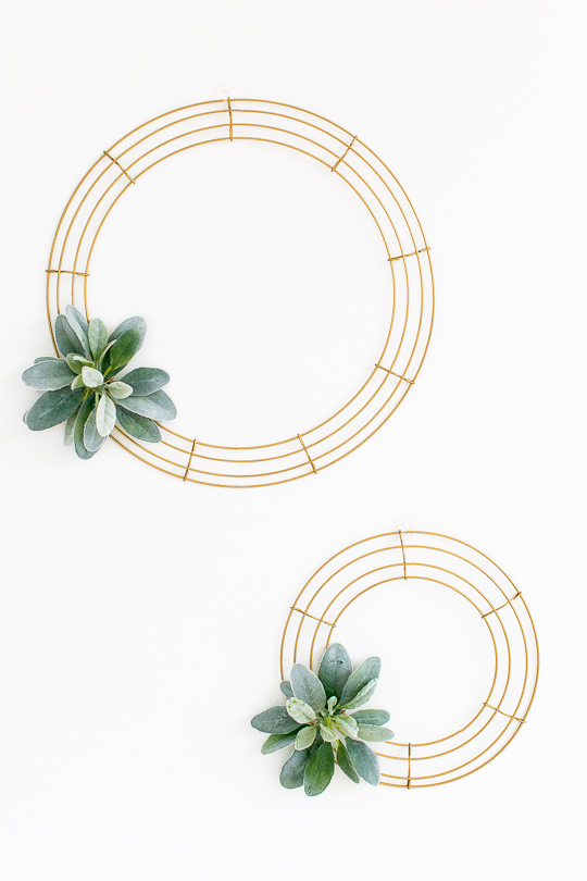 Picture Of simple diy geometric wreath with faux greenery  1