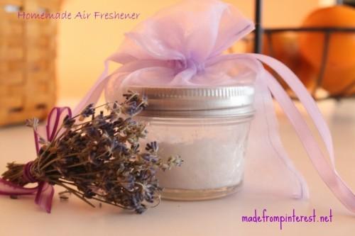 lavender air freshener (via madefrompinterest)