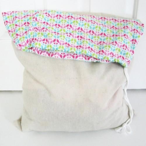 square laundry bag (via clickclackclunk)