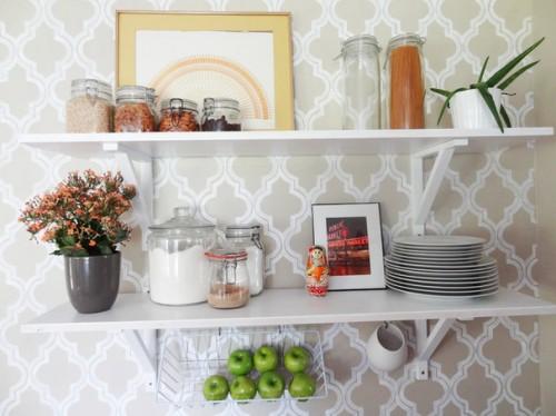 cool open shelves (via houzz)