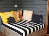 simple outdoor daybed