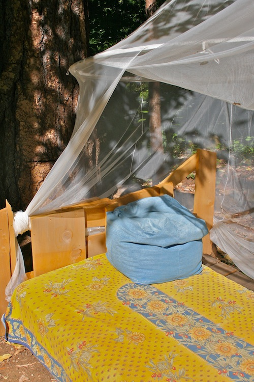 handmade outdoor bed (via fromthisland)