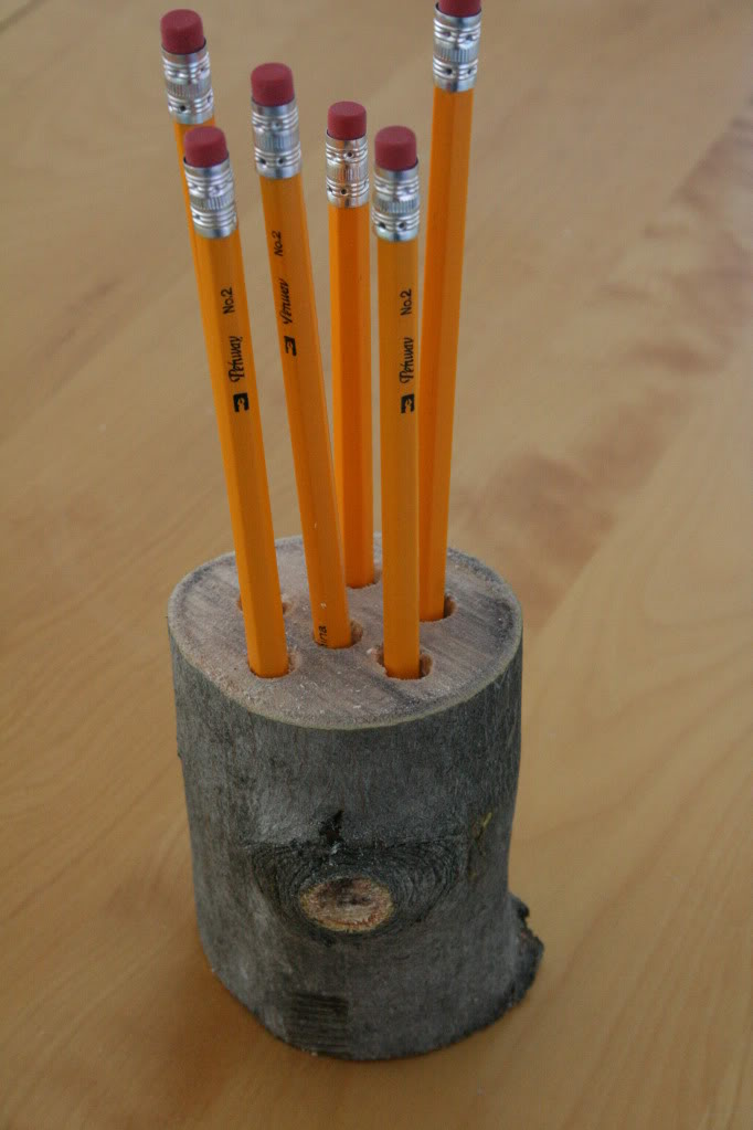Picture Of DIY log pencil holder