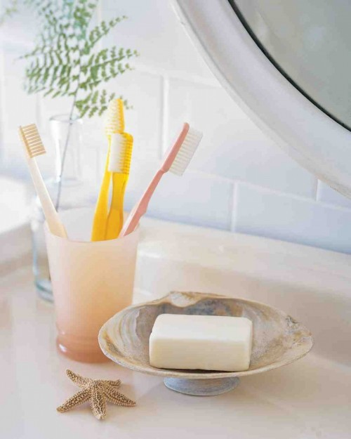 6 Simple DIY Soap Dishes That You Can Make