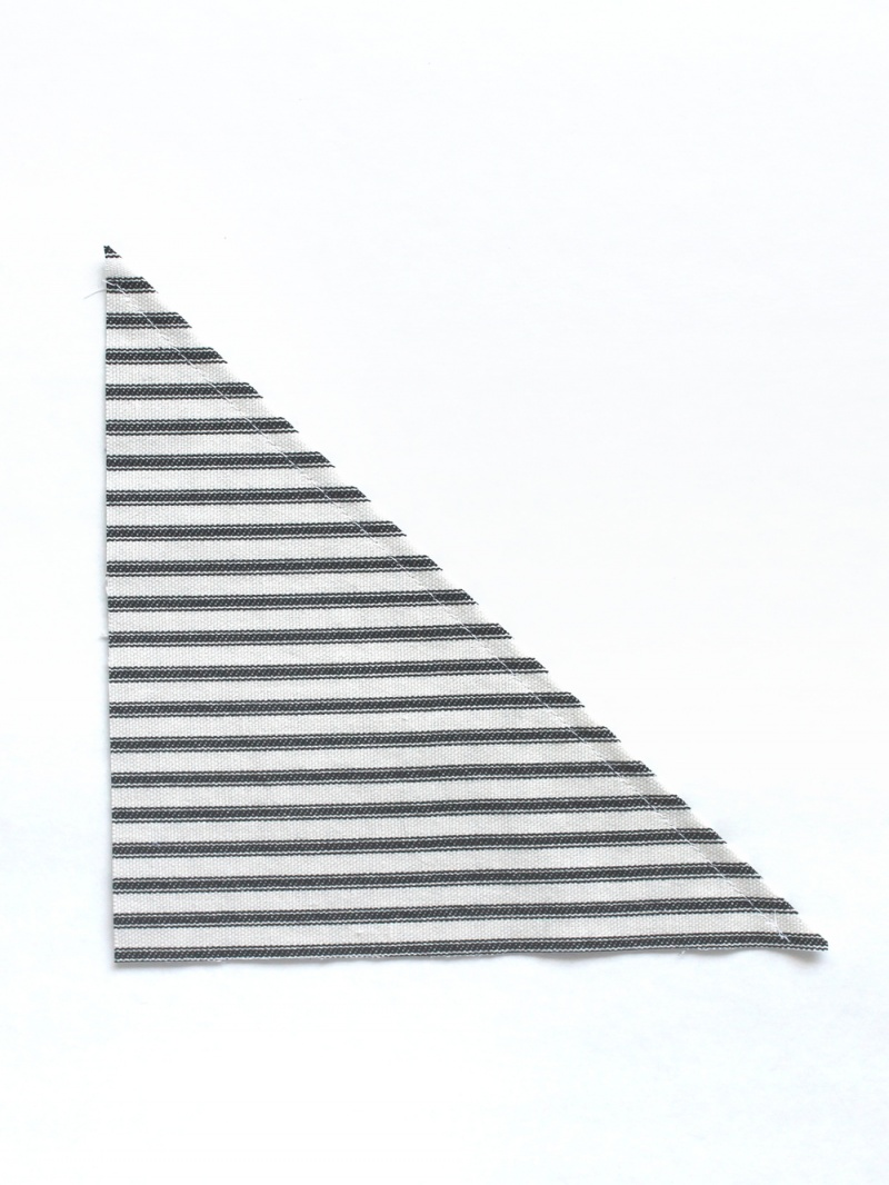 Picture Of simple diy striped picnic blanket  4
