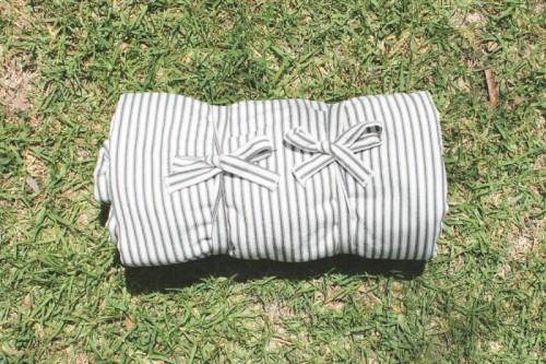 Simple DIY Striped Picnic Blanket