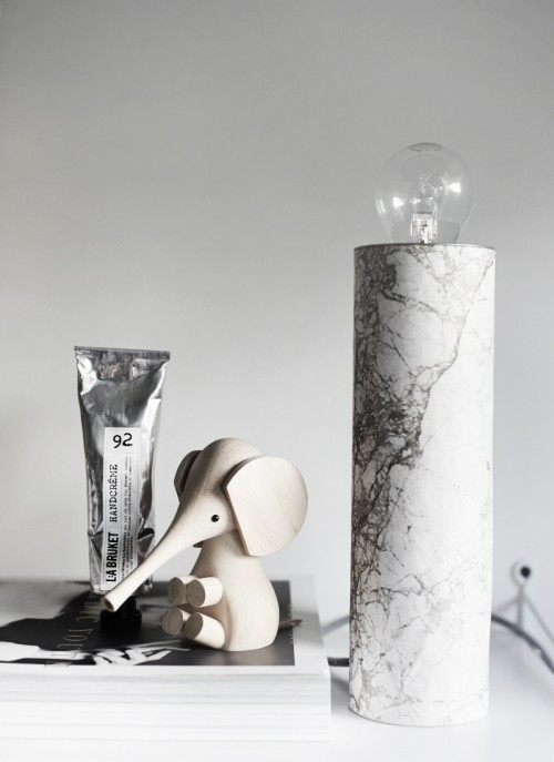 Simple DIY Table Marble Lamp