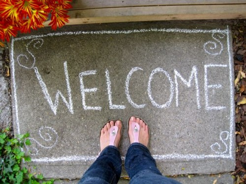 Simple DIY Welcome Mat You Can Change Every Day