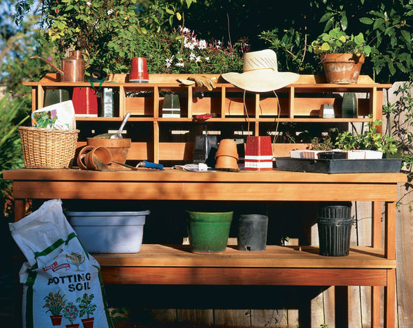 Simple Yet Very Practical Potting Bench