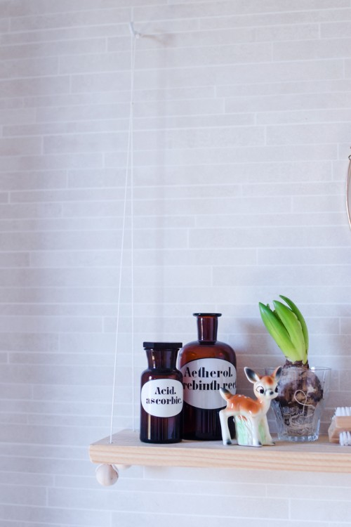 Small DIY Hanging Bathroom Shelf