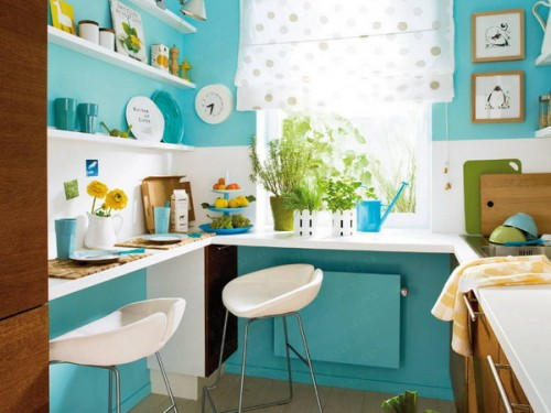 Bold colors works well in small spaces