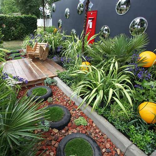 Pictures Of Small Gardens 55 small urban garden design ideas and pictures - shelterness