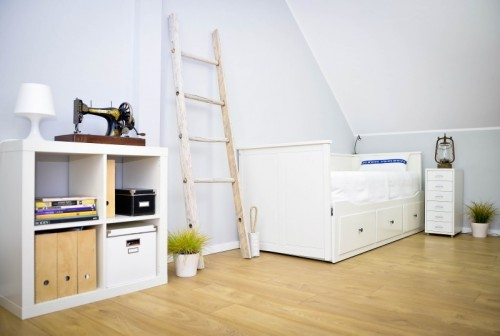 decorative ladder (via homemademakeovers)