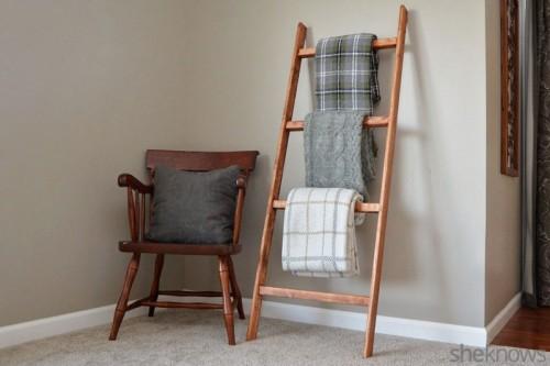 blanket holder (via sheknows)