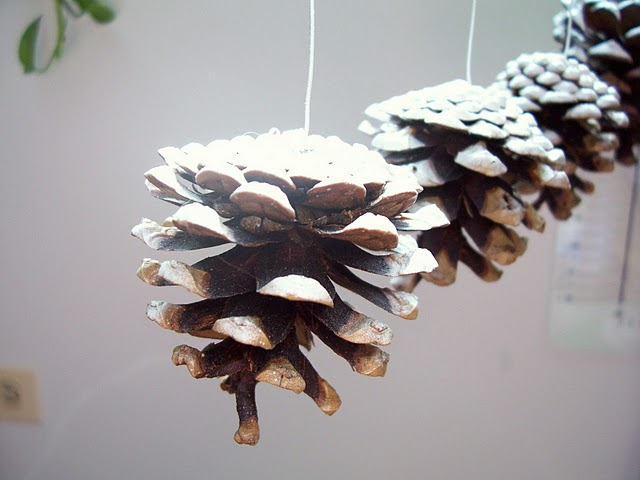Easy To Make Snowy Pine Cone Christmas Ornaments