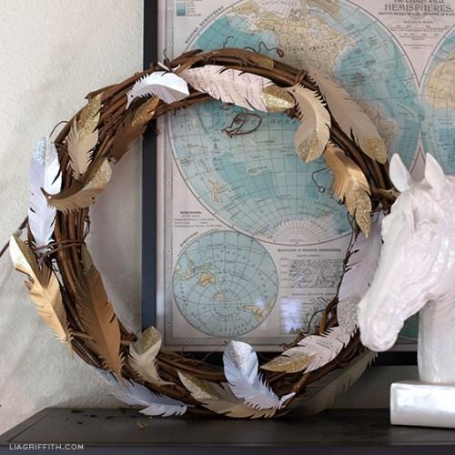 paper feather wreath (via https:)