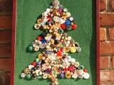 beads and jewelry Christmas tree