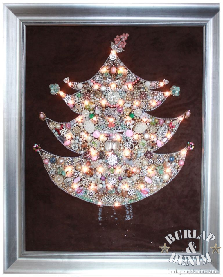 beads and pearls Christmas tree