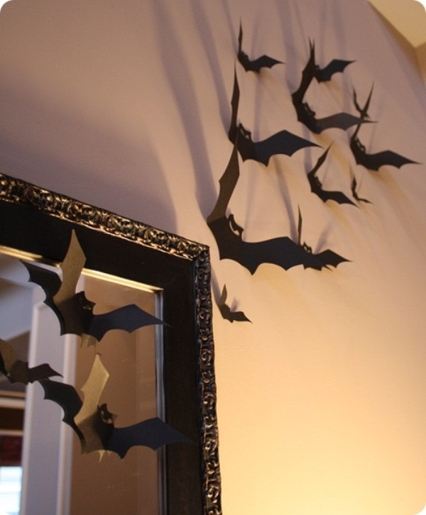 Spiders Snakes And Bats For Halloween Decor