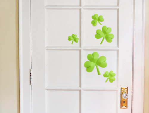 easy shamrock decor (via howaboutorange)