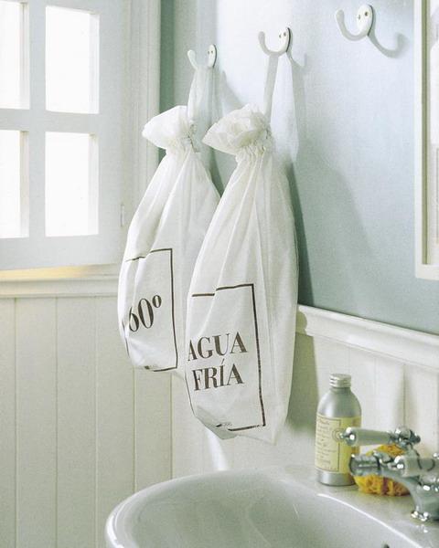 Storage ideas in small bathroom 15