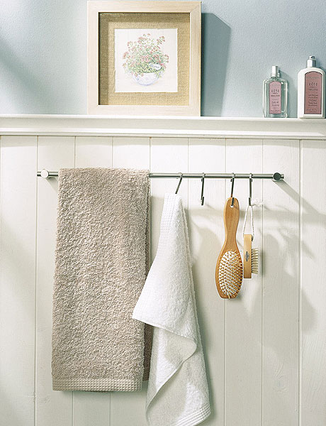 Creative Storage Idea For A Small Bathroom Organization - Bathroom towel storage for small bathroom ideas