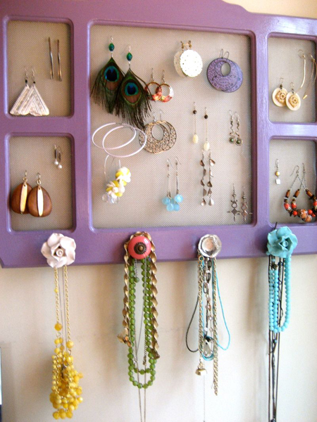 picture of storing jewelry on walls