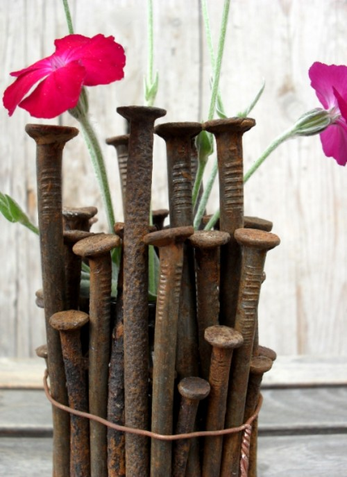 Striking DIY Industrial Chic Vase