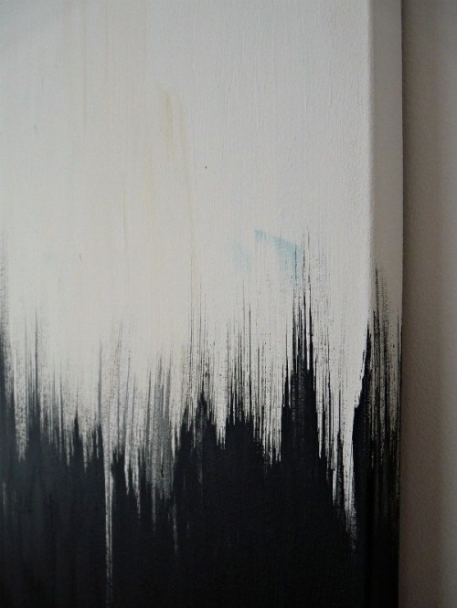 Striking Siy Black And White Painting