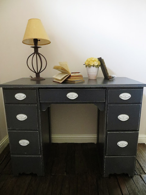 dark shabby chic desk makeover (via namelyoriginal)