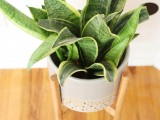 Stylish And Easy Diy Wood Plant Stand
