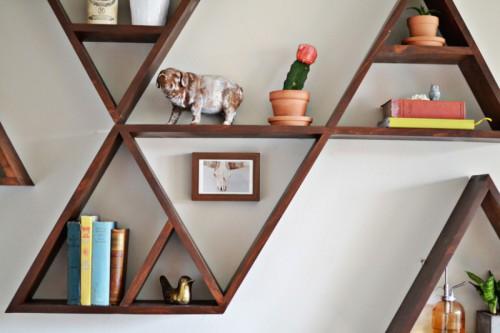 Stylish And Original DIY Triangle Shelf   Shelterness