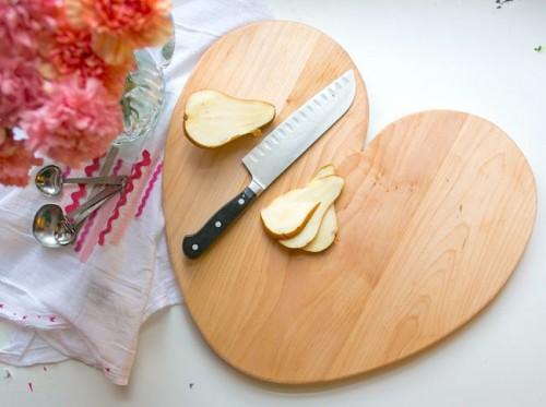 heart-shaped board (via hellonatural)